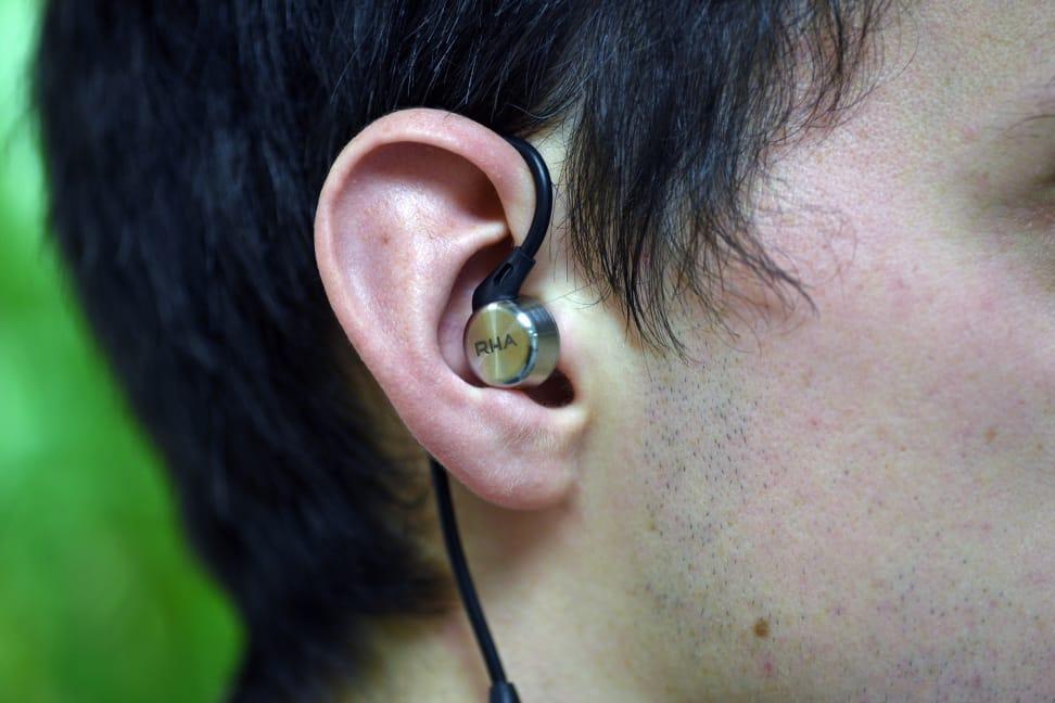 Using the MA750i In-Ears