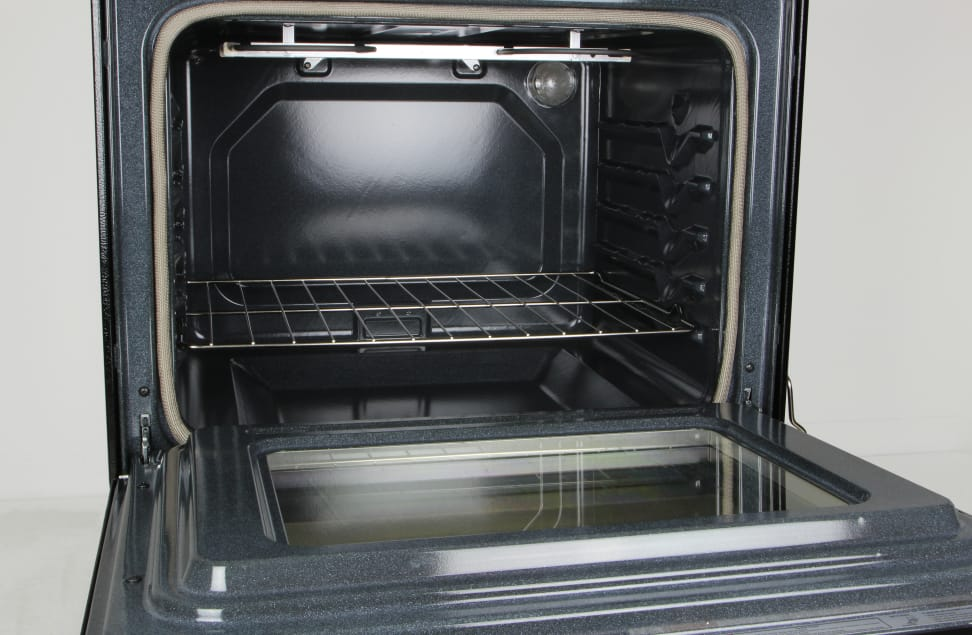 Whirlpool WFE515S0ES oven cavity