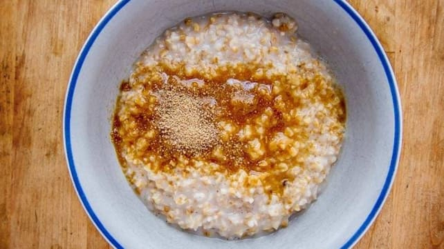 Sous vide overnight oats
