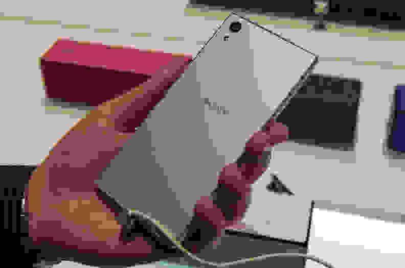 Sony Xperia Z5 – Rear