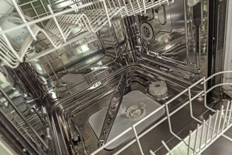 Clean-dishwasher