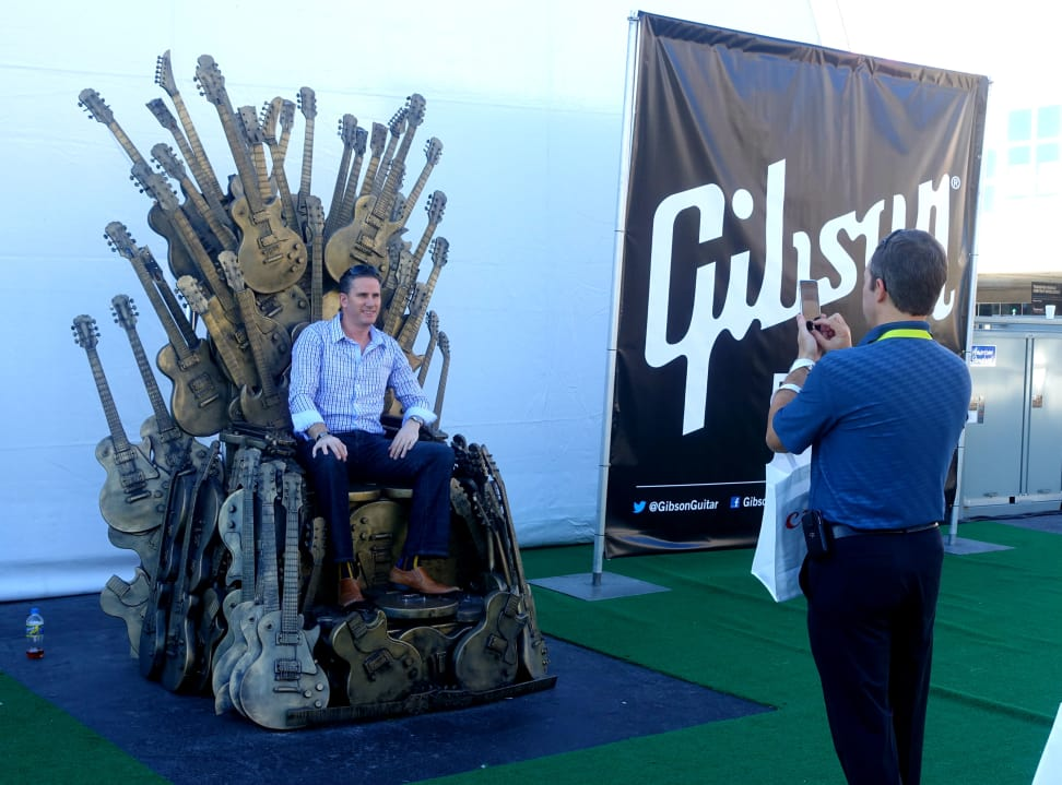 gibson_throne.jpg