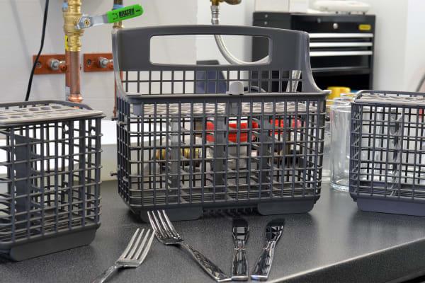 Kenmore Elite 14743 cutlery basket