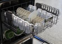 KitchenAid KDFE104DSS—Upper Rack Capacity