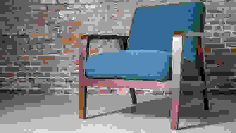 Rivet_Huxley-Mid-Century_modern_chair
