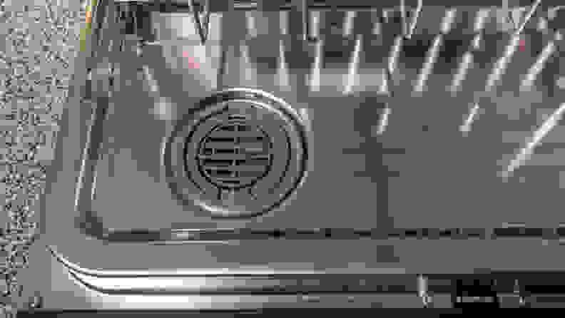 Whirlpool-WDT730PAHZ-fan