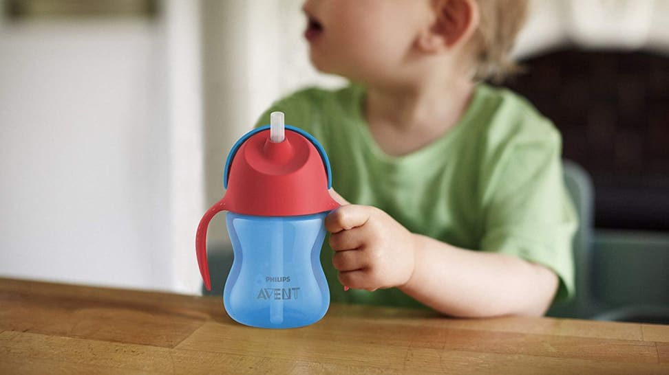 When to introduce a sippy cup