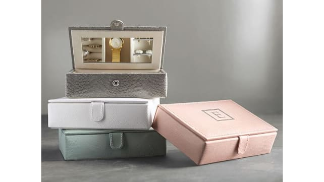Pottery-Barn-jewelry-boxes