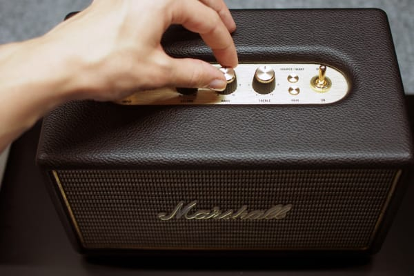 Fine-tune sound on the Acton using the knobs along its top.