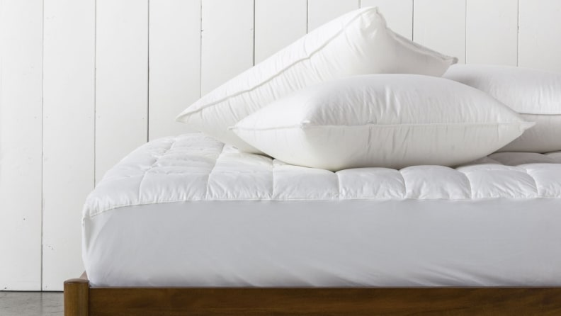 Down Alternative Pillows