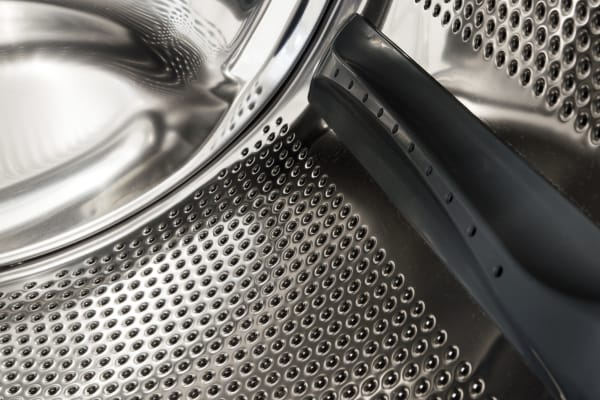 The baffles and steel texture help clean your clothes without destroying them.