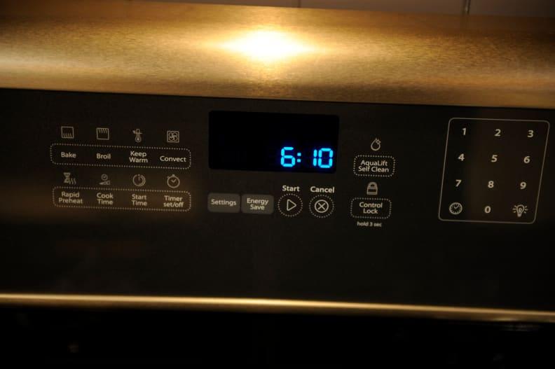 Sunset Bronze oven controls.JPG