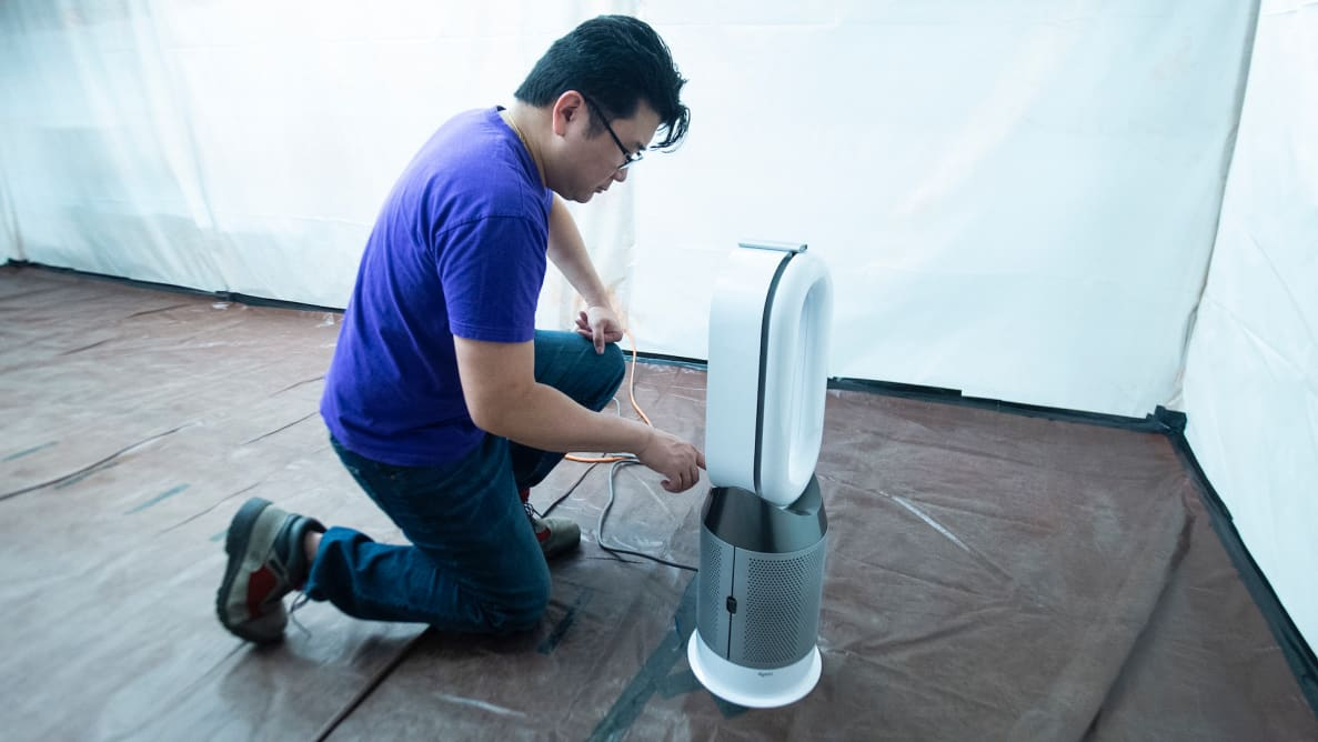 Testing a Dyson Air Purifier with a HEPA filter