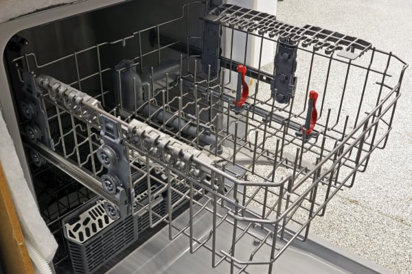 As with the lower rack, there are no folding tines up top. Fortunately, GE did include two bottle jets which you can activate as an optional feature.