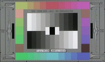 Canon_D220_3000lux_neutral_web.jpg