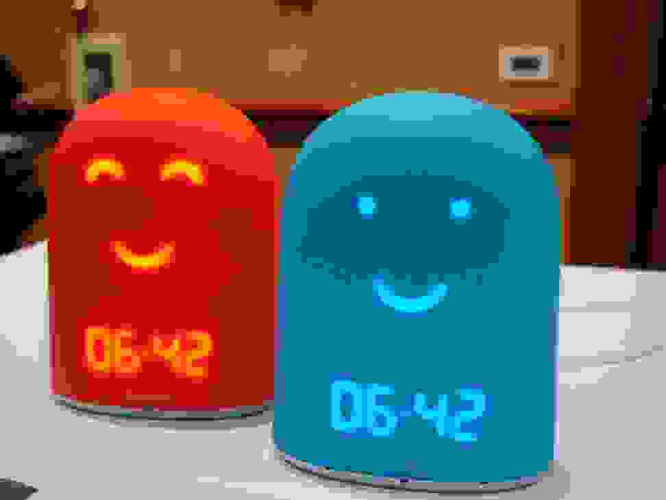 This smart alarm clock helps kids develop a bedtime routine.