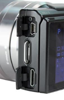 SONY-NEX-5-ports.jpg