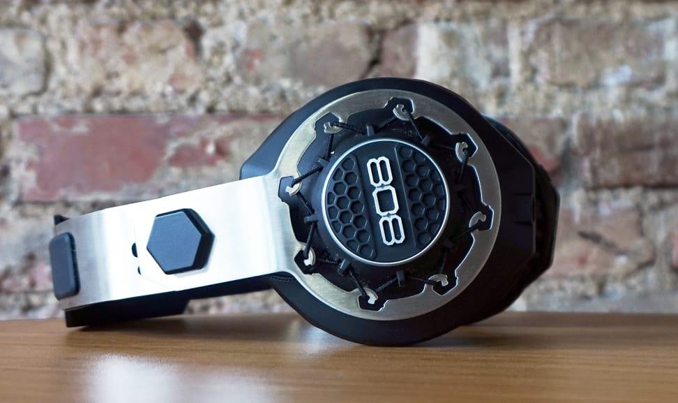 808-Performer-BT-General.jpg