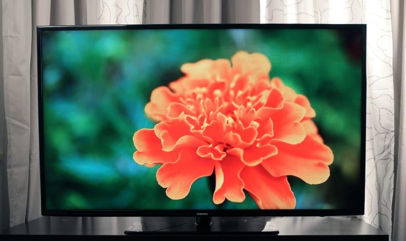 Samsung-UN55H6203-Front.jpg