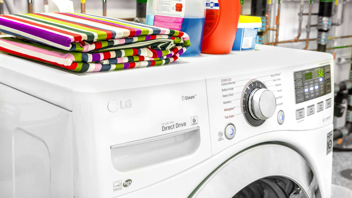 The LG WM3670HWA gets your laundry done your way