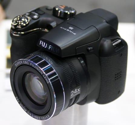 Product Image - Fujifilm  FinePix S4200