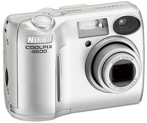 Nikon4600.jpg