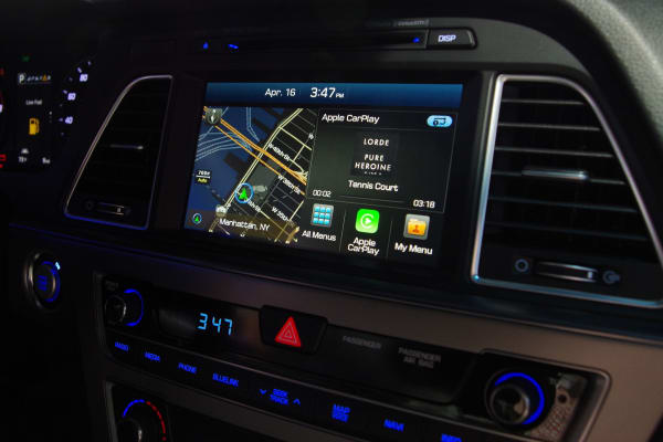 If you're not using CarPlay, this is the infotainment screen that the 2015 Hyundai Sonata offers.
