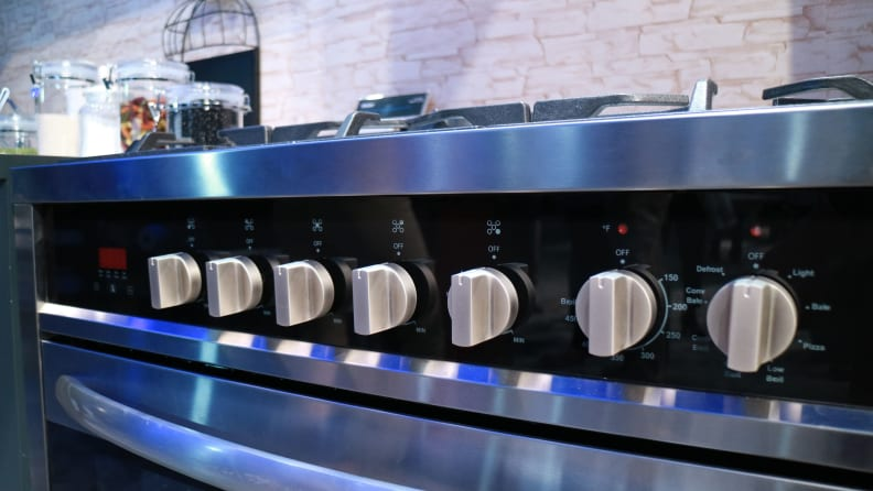 Haier HCR6250ADS control knobs for stovetop and oven cavity