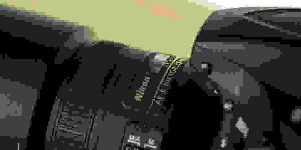 nikon-85mm-f1p8-review-design-camera-top1.jpg