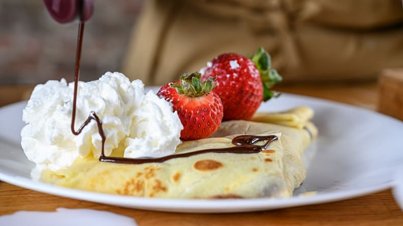 A sweet crepe with nutella