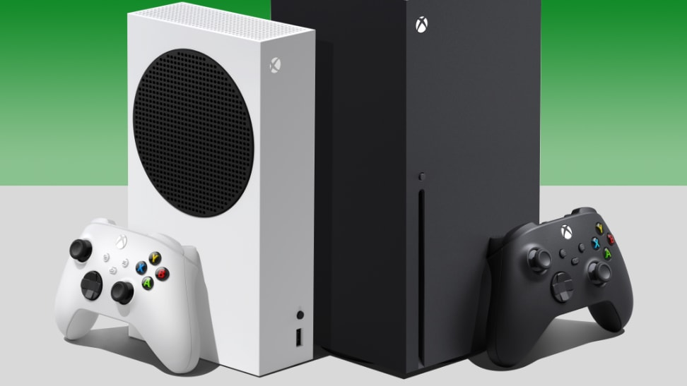 The Xbox Series S and the Xbox Series X side by side