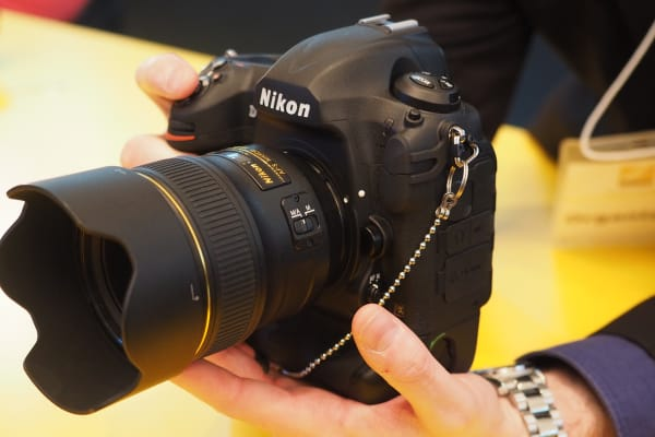 The Nikon D5 is big, but seasoned Nikon vets won't have many issues.