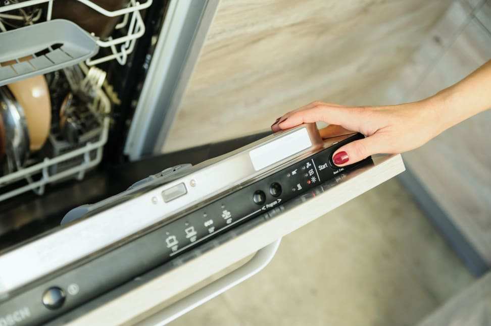 Why Doesn't My Dishwasher Dry My Dishes? - Reviewed Dishwashers