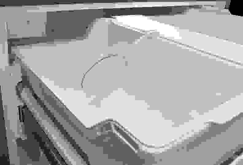 Whirlpool WRV986FDEM Ice Maker