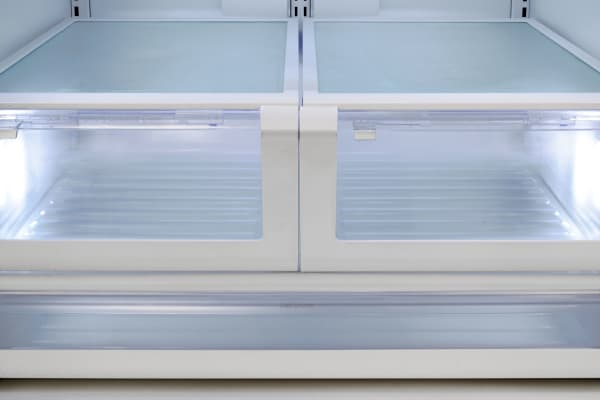 Even at their most retentive, the Kenmore 70343's crisper drawers were rather disappointing.
