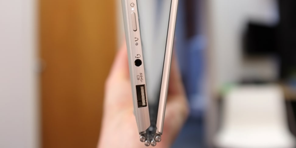Lenovo Yoga 910 profile