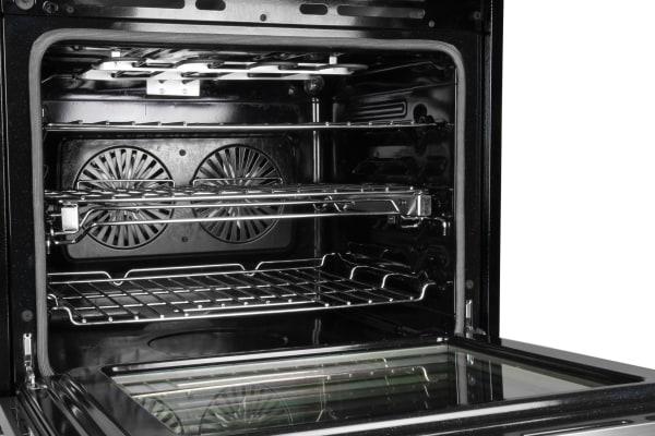 Oven cavity and racks