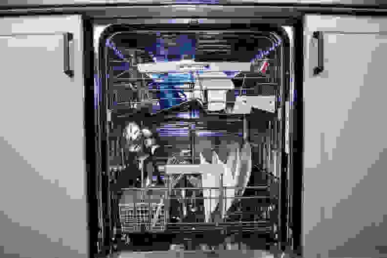 Asko D5534XXLFI—Loaded Interior