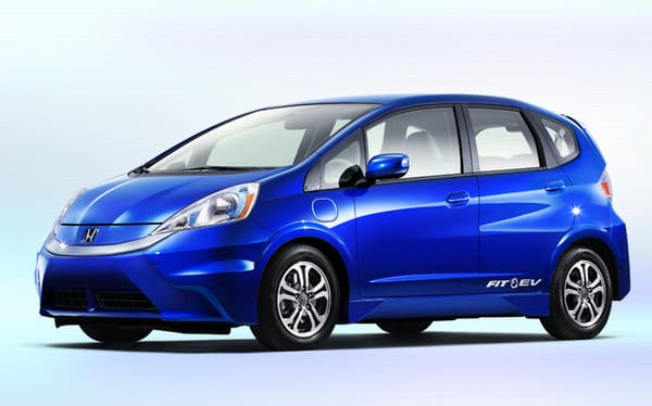 Product Image - 2013 Honda Fit EV