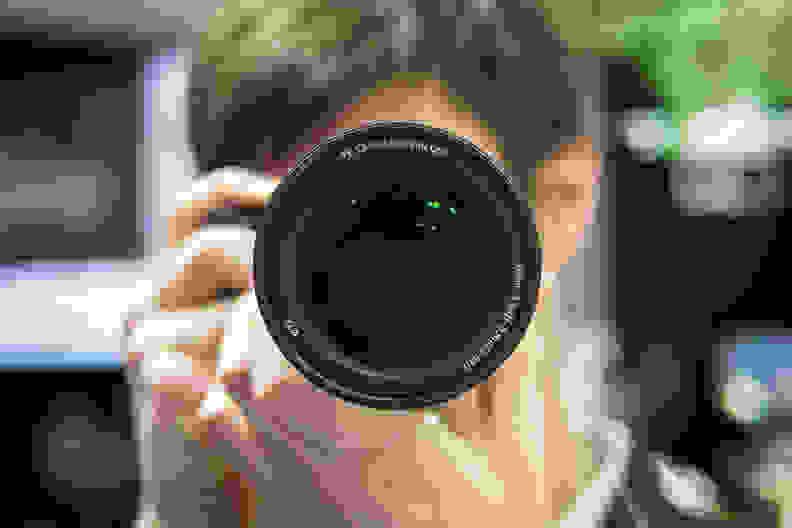 Sony 24–240mm – Head-On