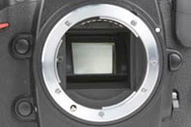 d300-lens-mount.jpg