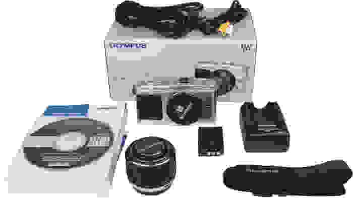 OLYMPUS-E-P1-boxshot.jpg