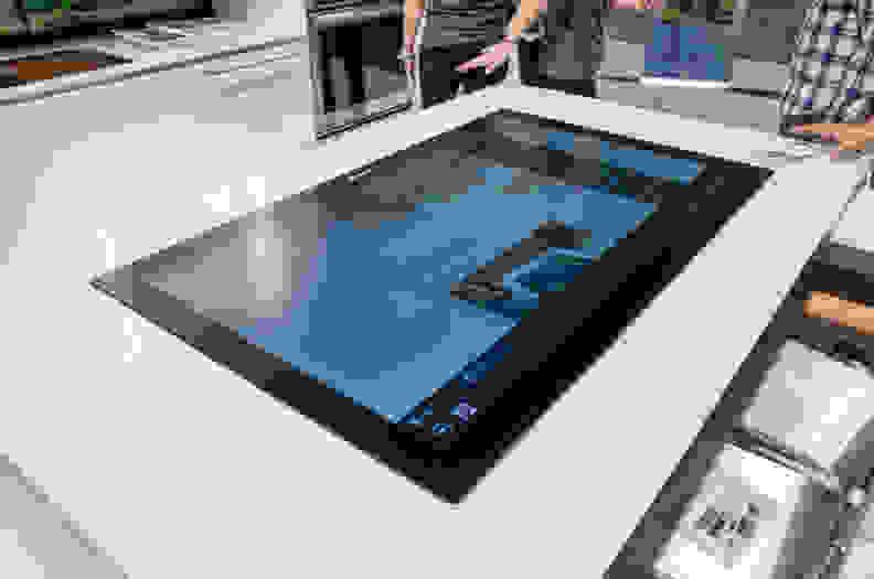 vatech-social-table-2.jpg
