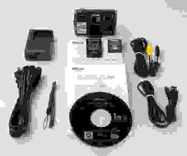 NIKON-S1000PJ-boxshot.jpg