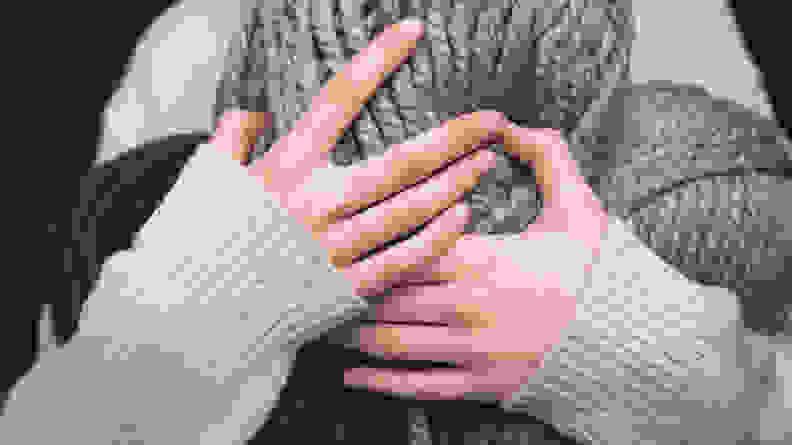 Wool-yarn-and-sweater