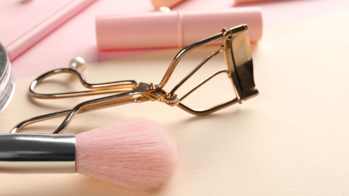 The Best Eyelash Curlers