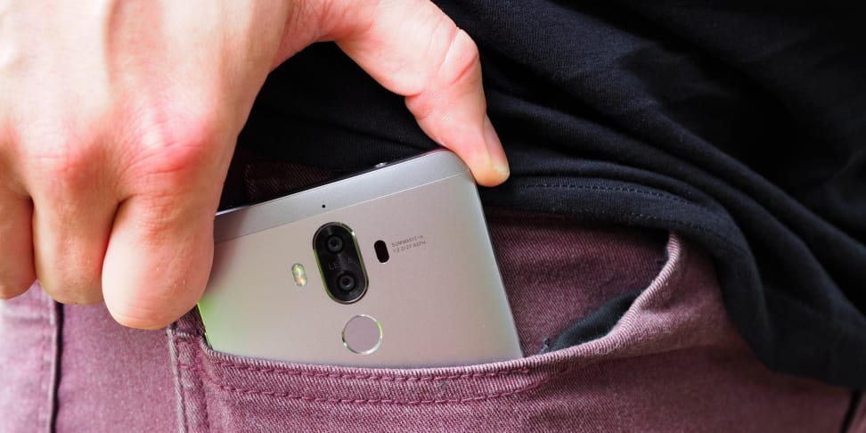 Huawei Mate 9 In Pocket