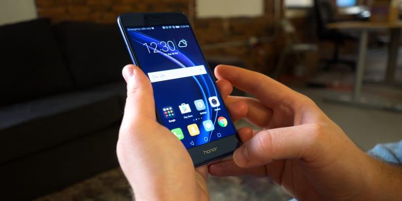 Huawei Honor 8 In Use