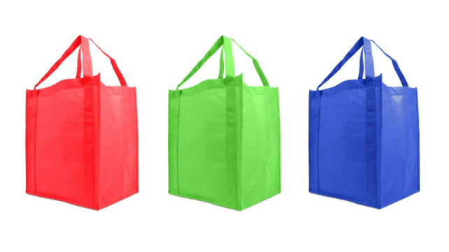 0f0aadaf6898 Plastic bags are being banned across the US—here s what you need to ...
