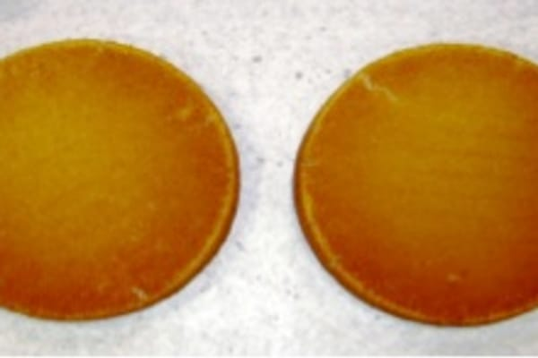 Lower oven cake bottoms